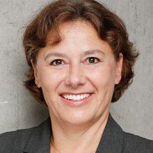 Inis Irion-Bail, Diplom Kauffrau